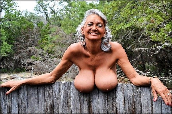 vieille pute a poil fermier sexy