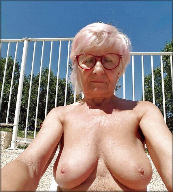 Vieilles femmes films nus