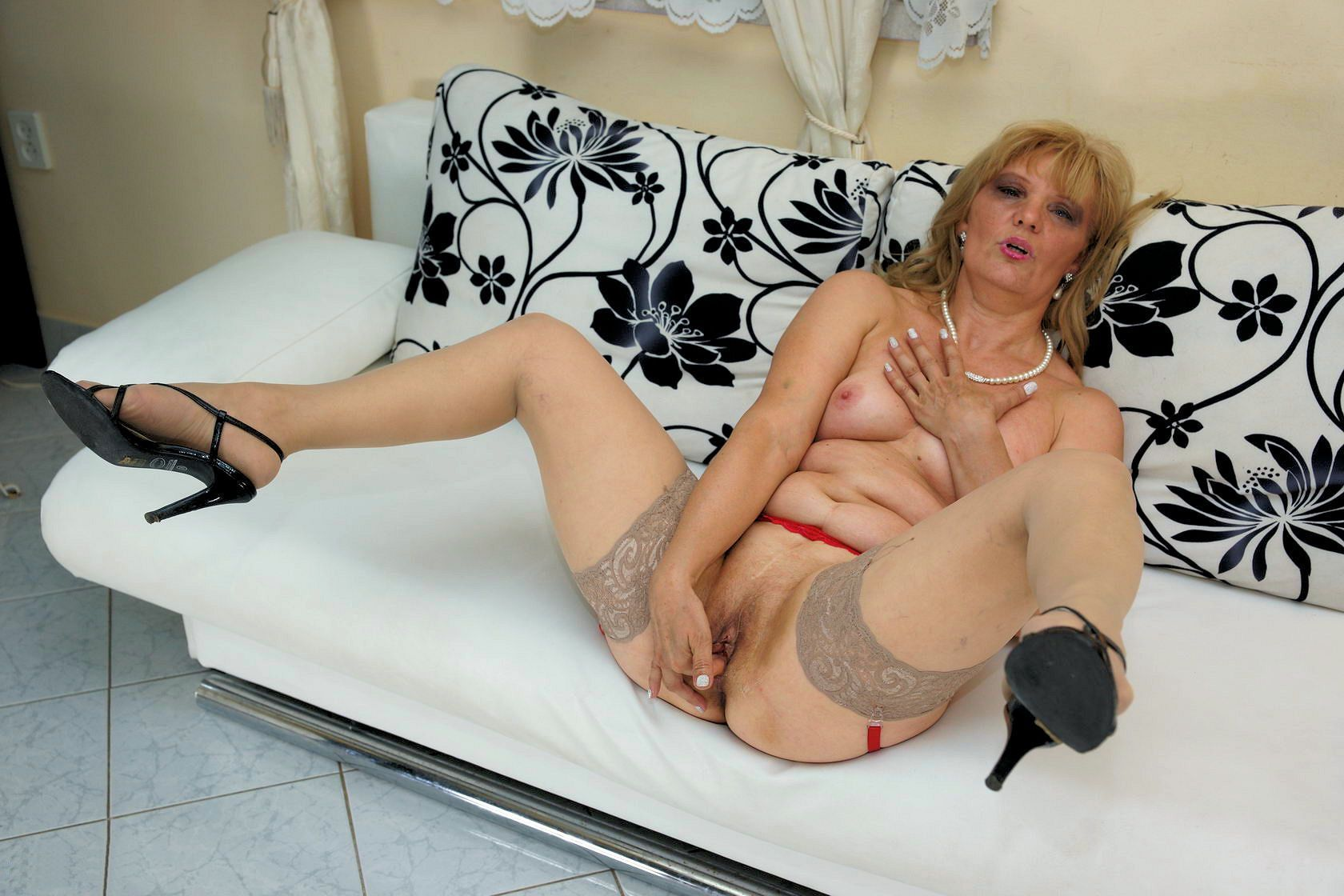 julie salope grosses baiseuses